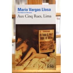Aux cinq rues Lima Vargas Llosa Nobel Pérou Roman Poche occasion